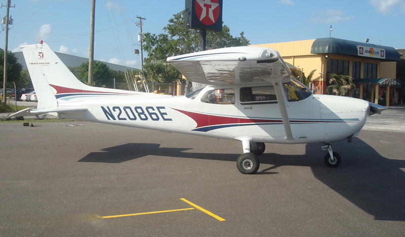 Airplane Rentals Amp Flying Lessons Fly TBA T Black Aviation Tampa Bay FL